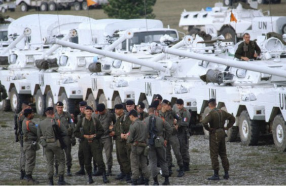 Ex-Yougoslavie : la question de l'impuissance au cœur des années 1990