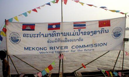 Image illustrant l'article Mekong_River_Commission_banderole_au_Laos de Clio Prépas
