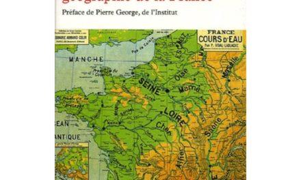 Image illustrant l'article tableau-de-la-geographie-de-la-france-9782710306429_0 de Clio Prépas